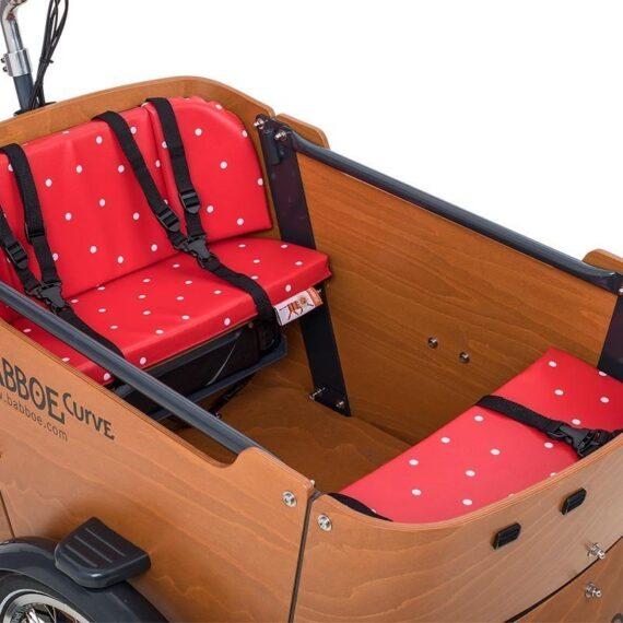 Set cuscini per cargo bike Babboe Curve. Fantasia rosso pois.